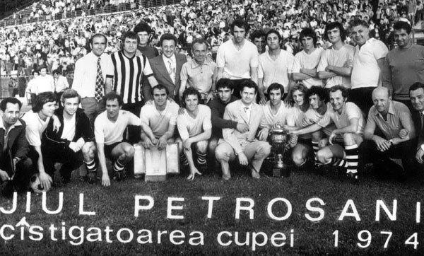 Cele mai surprinzătoare câștigătoare din Cupa României! U Cluj, Arieșul Turda, Chimia Râmnicu Vâlcea și Voluntari au scris istorie