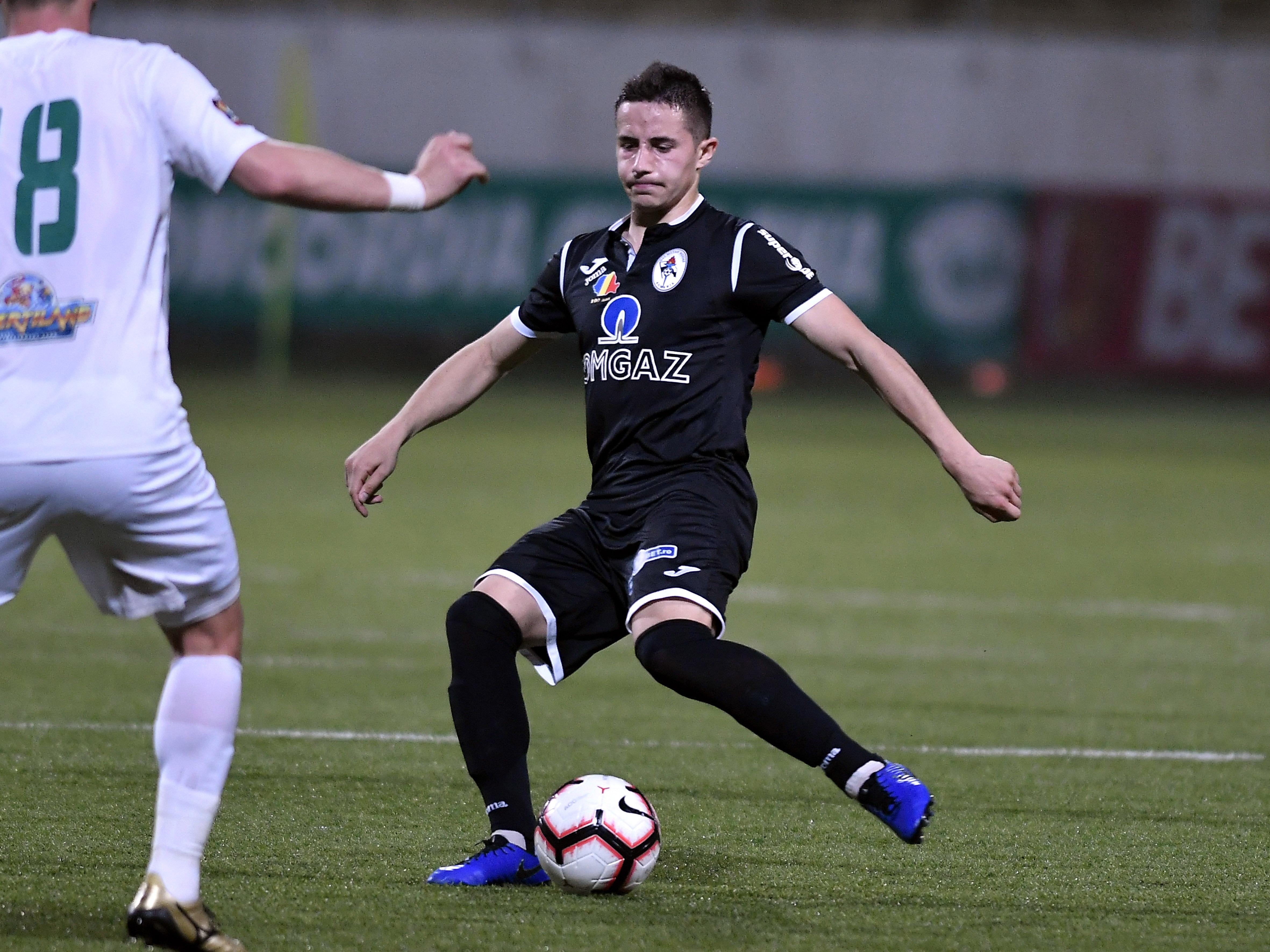 Universitatea Craiova a reuşit primul transfer pentru noul sezon! I-a suflat un jucător lui Gigi Becali