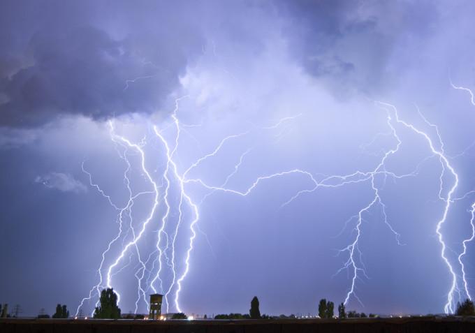 Cod Portocaliu de Furtună în Capitală!
