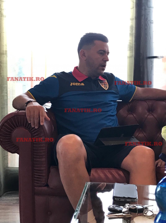 Cosmin Contra a explicat într-un interviu pentru FANATIK cum primește toate atacurile îndreptate împotriva lui ca selecționer