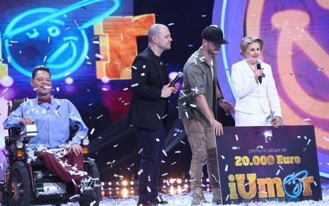 Momentul în care actrița, Irena Boclincă donează premiul unui alt concurent, Vasi Borcan