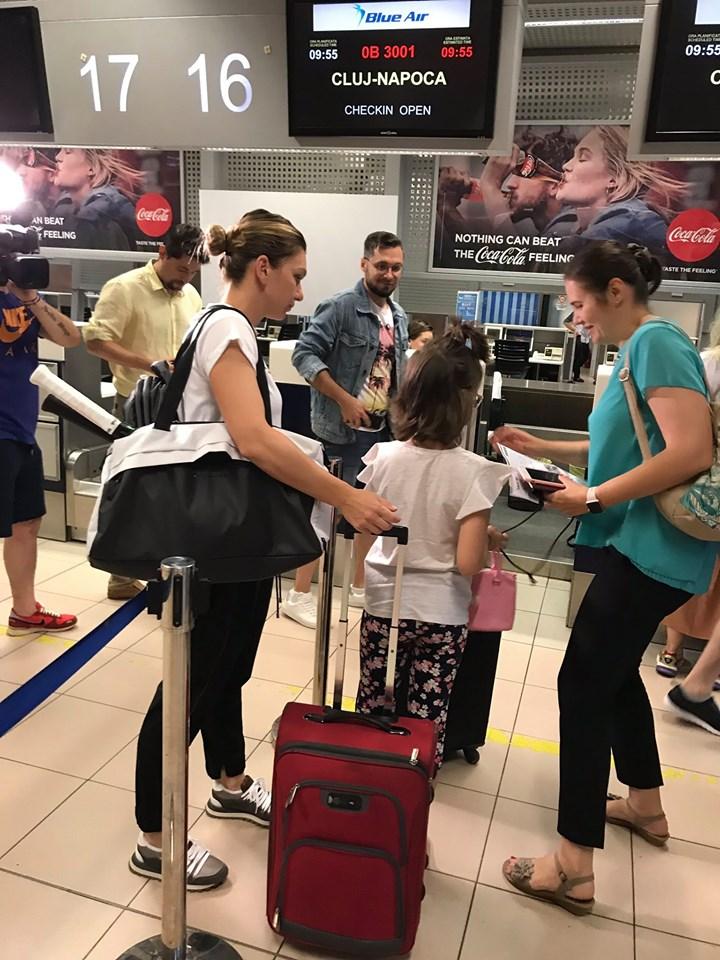 Simona Halep a plecat la Cluj alături de Darren Cahill într-un avion low-cost! S-au vândut toate biletele la Sports Festival