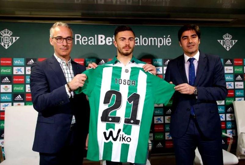Momentul în care Alin Toșca a fost prezentat oficial la Betis Sevilla
