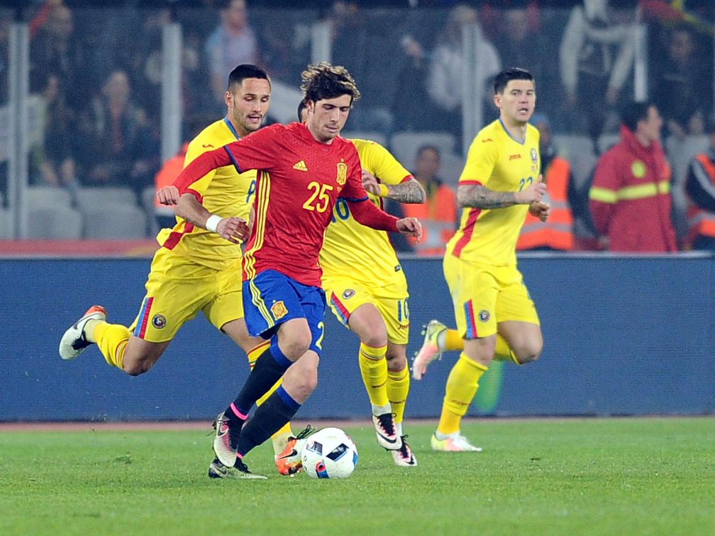 Sergi Roberto în meciul România - Spania. Sursă foto: sportpictures.eu