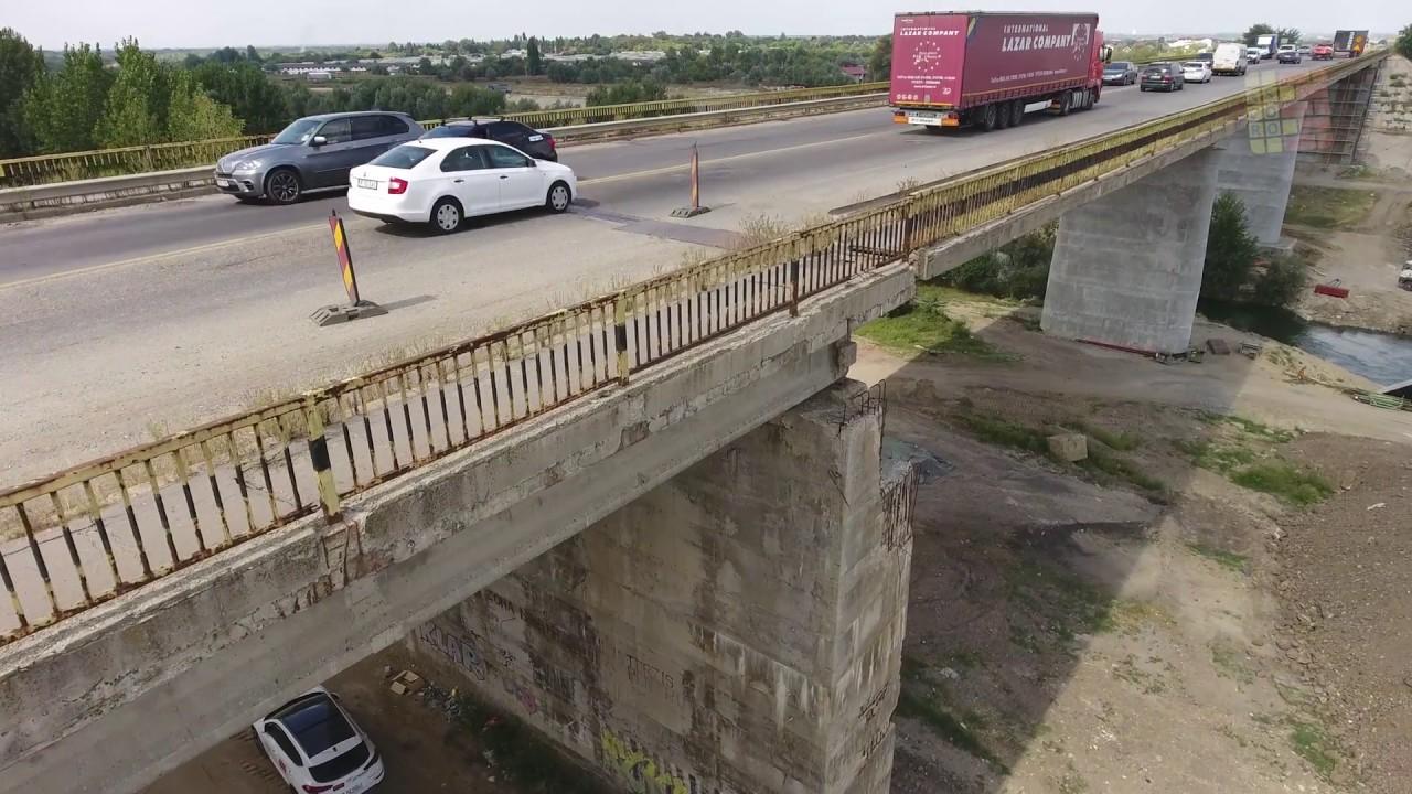 Circulația rutieră se închide pe podul de la Adunații Copăceni