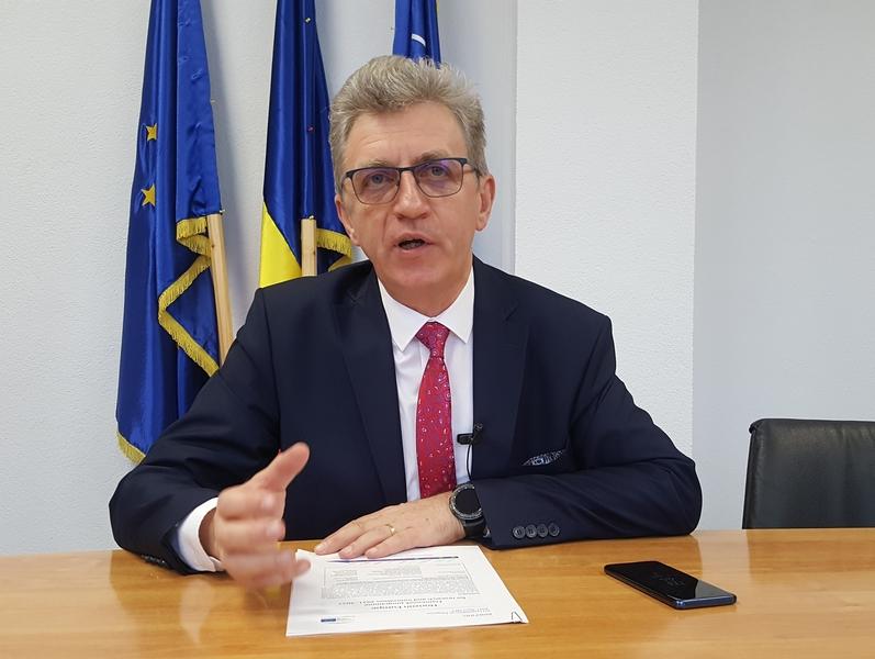 Unii directori de institute câștigă mai multe decât președintele Klaus Iohannis