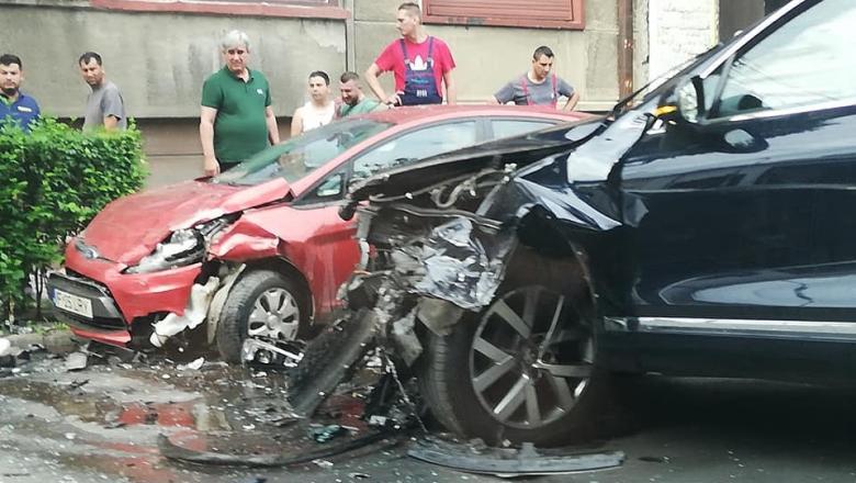 Accident grav suferit de ministrul Transporturilor, Răzvan Cuc, în București