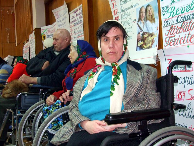 Sute de români nu vor mai beneficia de pensie de invaliditate. Sursa foto: cugetliber