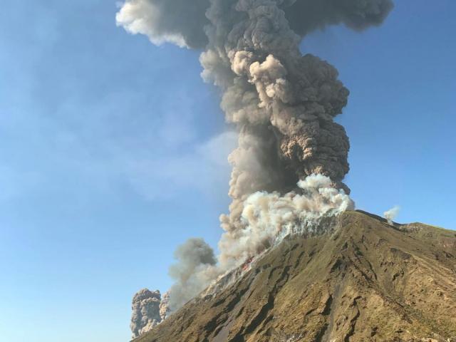 Un vulcan ar putea erupe în România! Vulcan