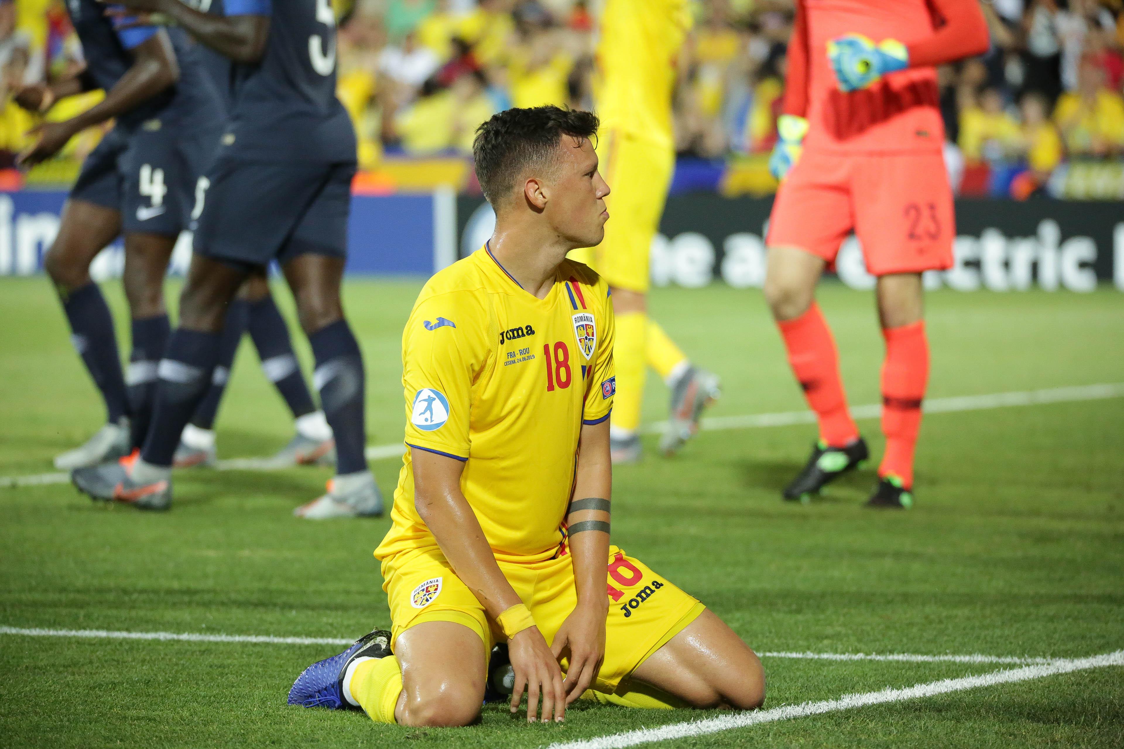 Adrian Rus într-un meci jucat de echipa națională a României U21 la EURO 2019. Sursă foto: sportpictures.eu