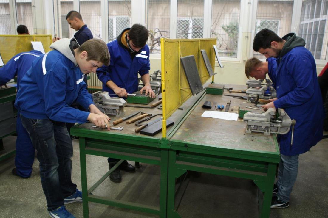 Ce școli profesionale există în Romania. Școli profesionale