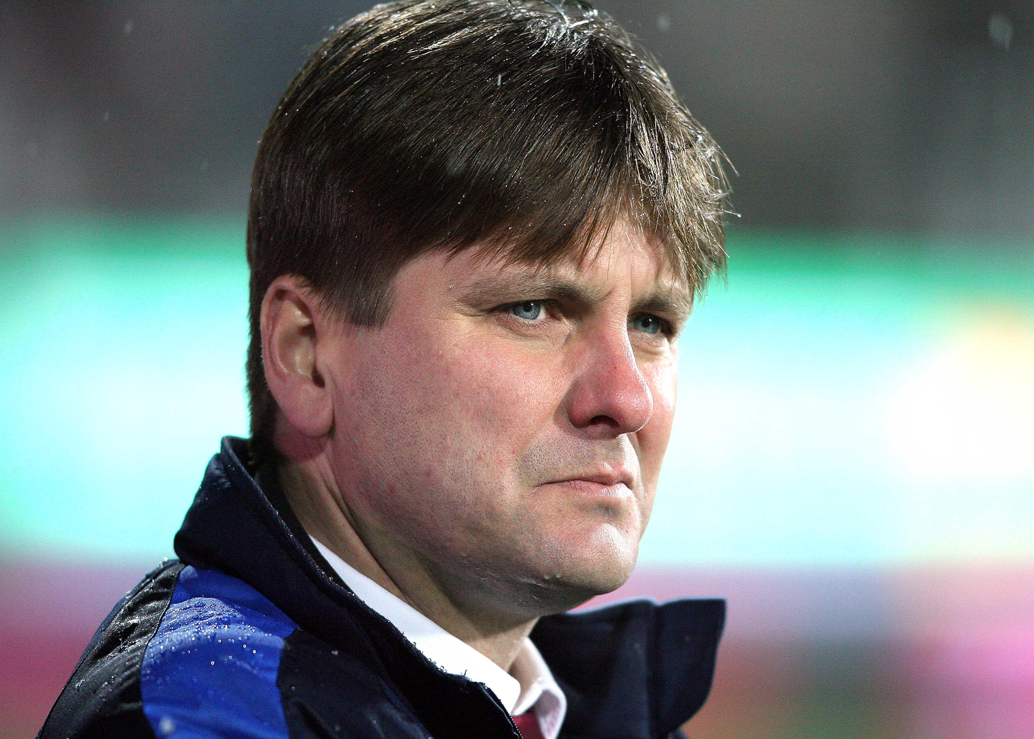 Dusan Uhrin Jr. îl distruge pe Gigi Becali în presa din Cehia Mereu a făcut el echipa și schimbările, nu doar acum! Cu cine ține în CFR - Slavia Praga