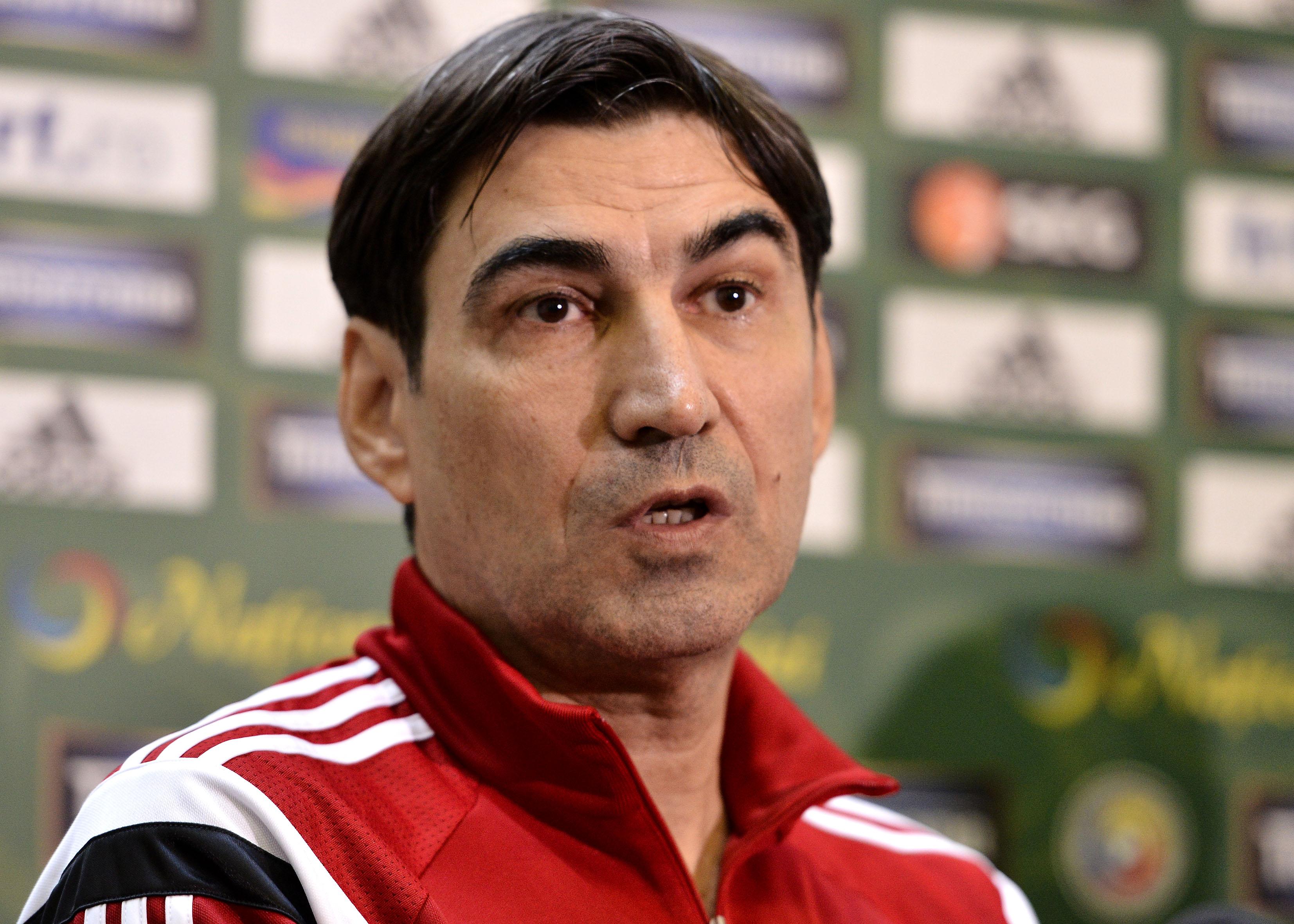 Victor Pițurcă într-o conferință de presă susținută la echipa națională a României. Sursă foto: sportpictures.eu