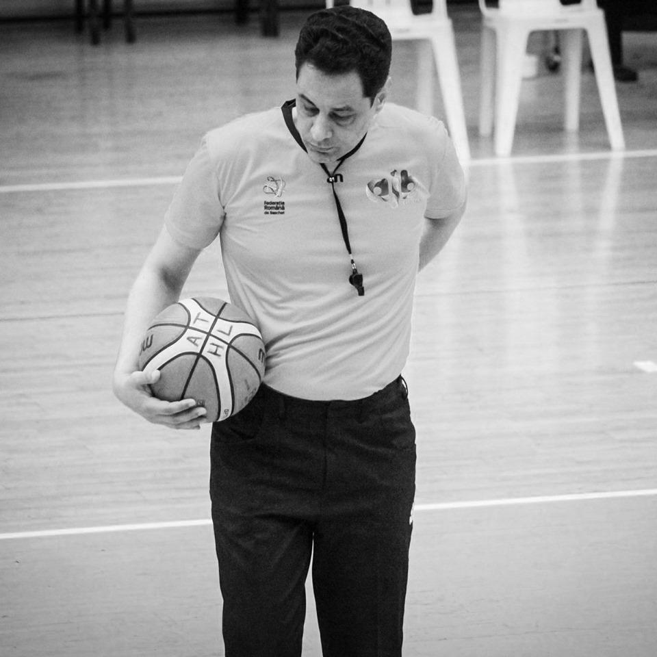 Doliu în baschet după ce arbitrul Valentin Negrea a murit într-un accident auto