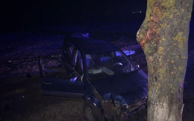 Un alt călugăr a murit, după ce s-a izbit cu mașina de un copac. Sursa foto: adevarul.ro