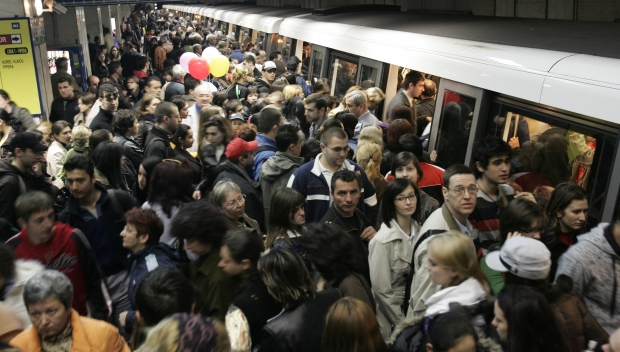 BREAKING! PANICA la metrou, ACUM! Calatorii sunt in ALERTA. Ce s-a intamplat