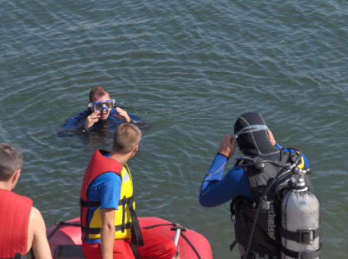 Bărbat găsit mort în lacul din parcul IOR din Capitală. Mort