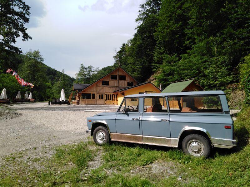 Ce s-a întâmplat cu limuzinele ARO ale lui Nicolae Ceaușescu