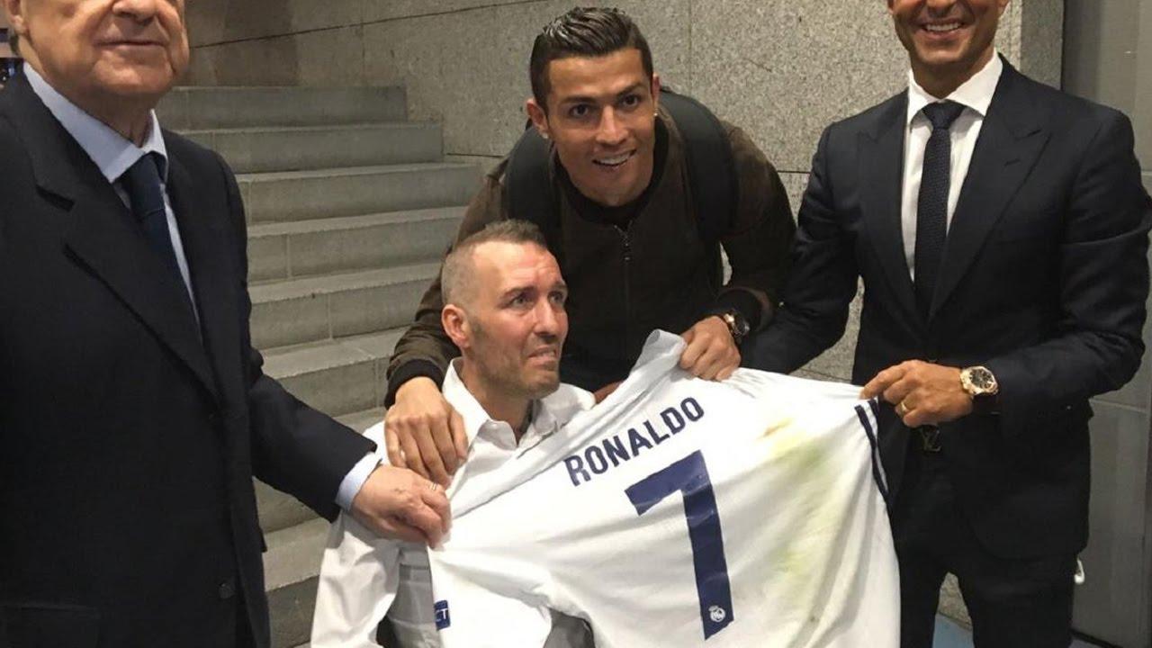 Ronaldo l-a invitat pe Fernando Ricksen, legenda lui Rangers, pe Bernabeu, după ce a aflat că acesta suferă de scleroză amiotrofică