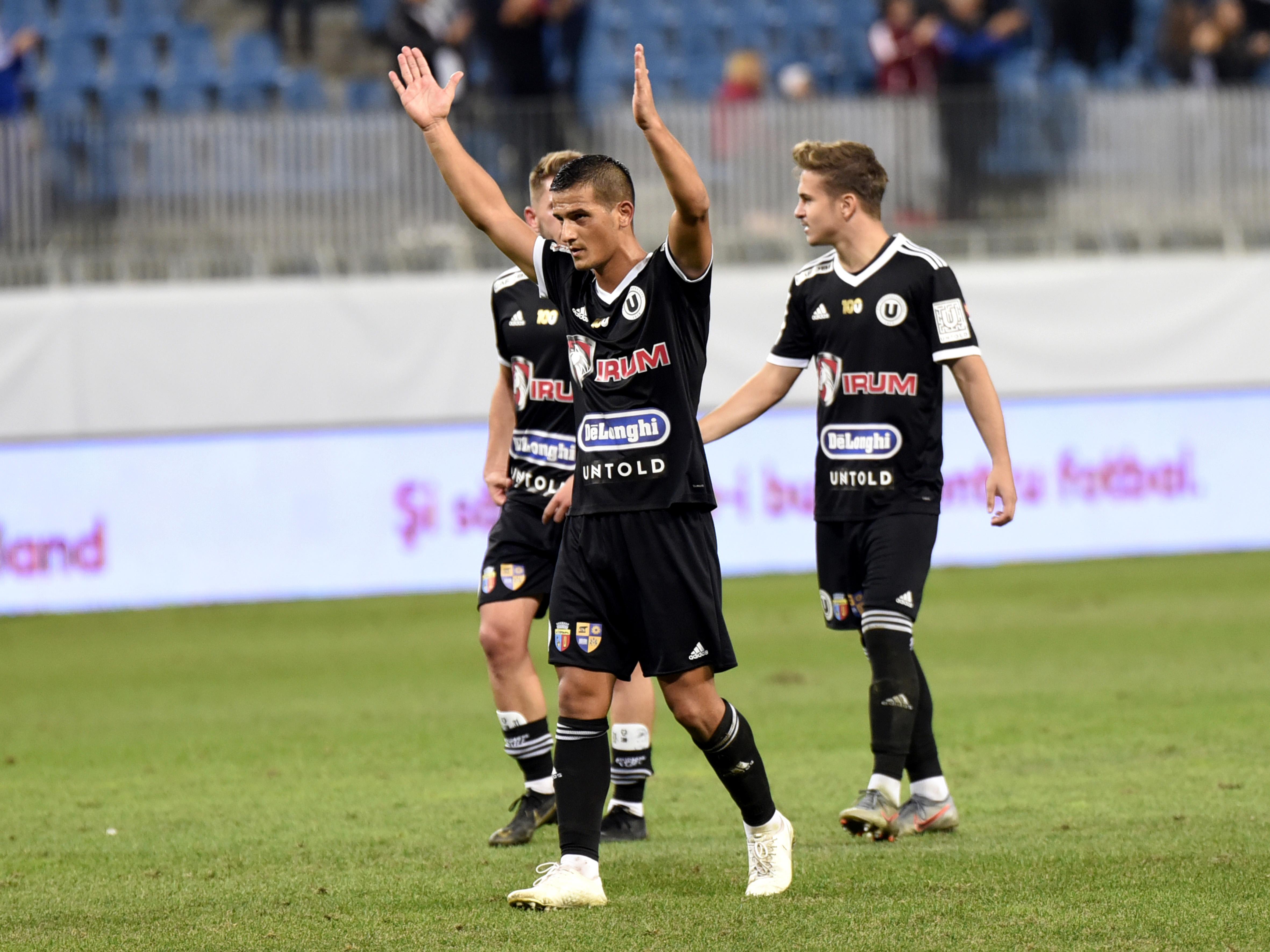 Jucătorii de la U Cluj după victoria din Cupă de la Craiova. Foto: rpressport.eu