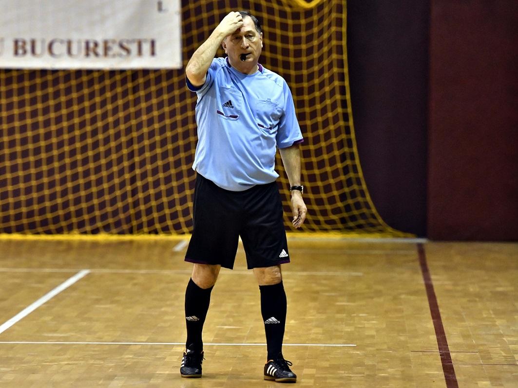 """Cornel Dinu justifică supărarea lui Ion Craciunescu prin """"meteahna lui de fost mare arbitru"""" care vrea să fie mereu în centrul atenției. Sursa foto: sportpictures.eu"""
