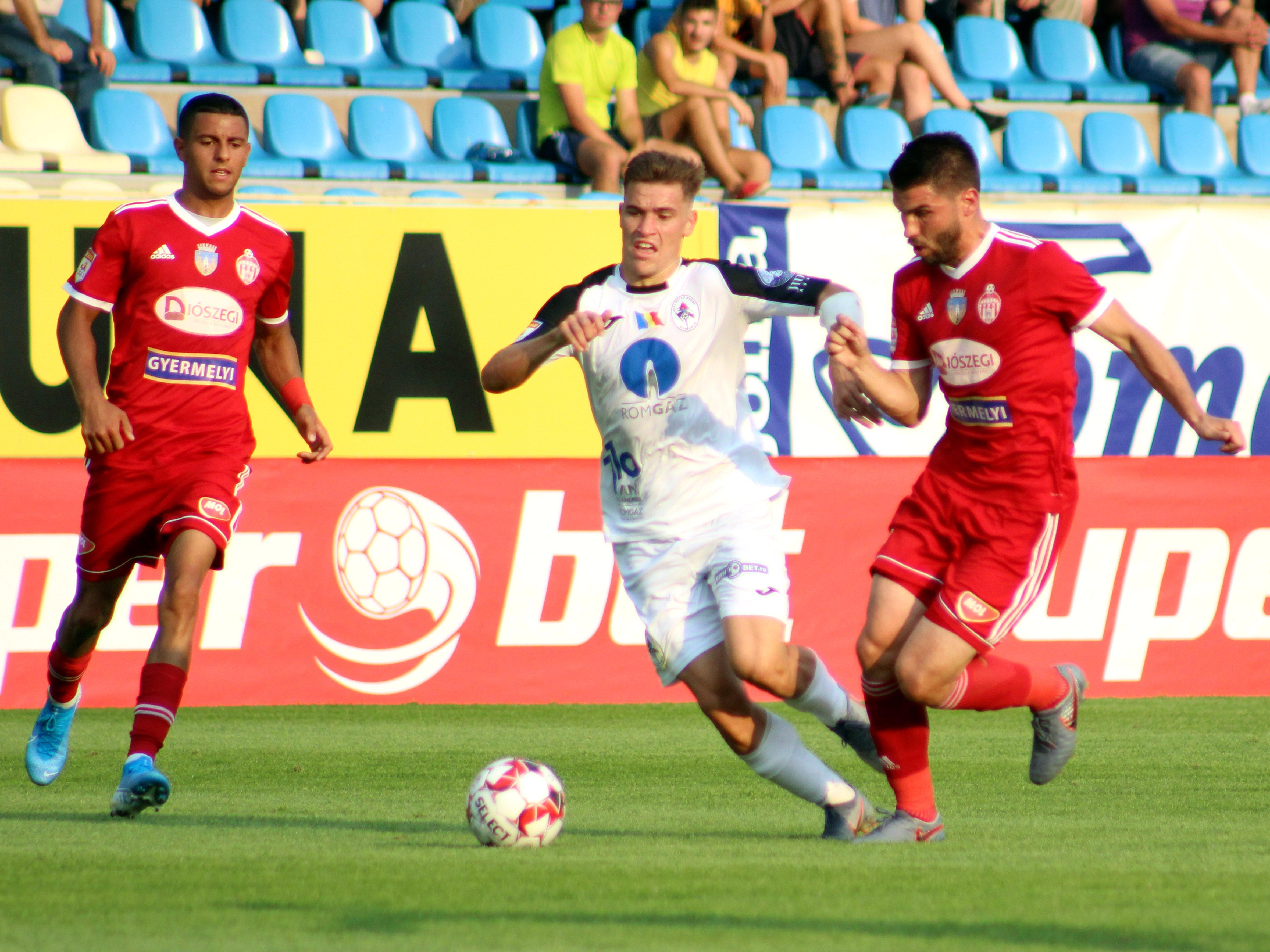 FCSB, primul transfer al iernii! Darius Olaru va juca pentru