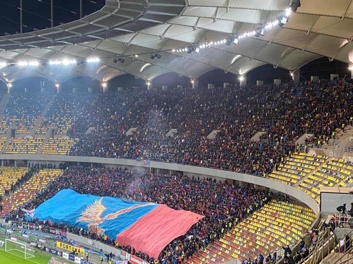Coregrafia fanilor FCSB din derby