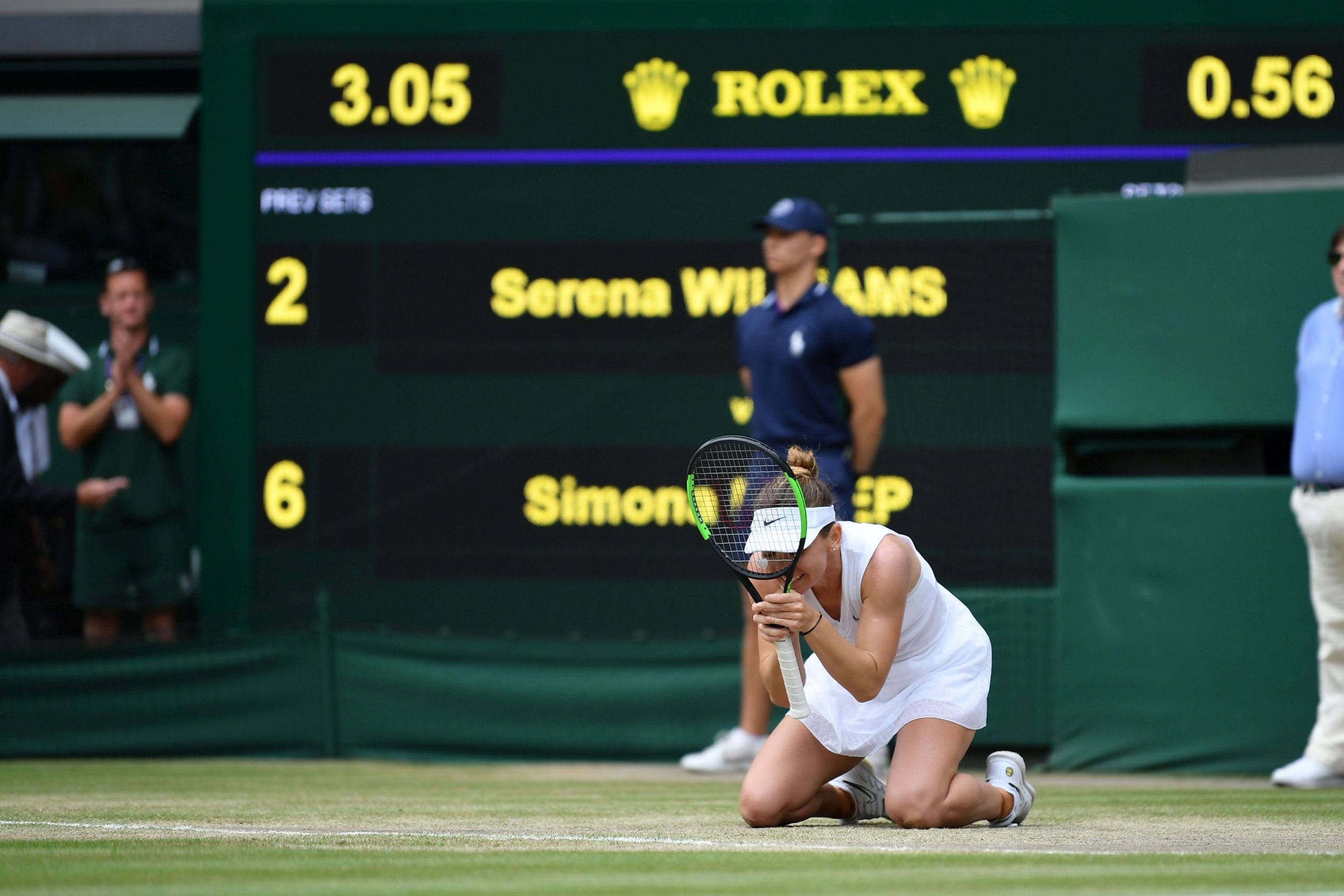Bucuria Simonei Halep după finala de la Wimbledon, câştigată cu Serena Williams