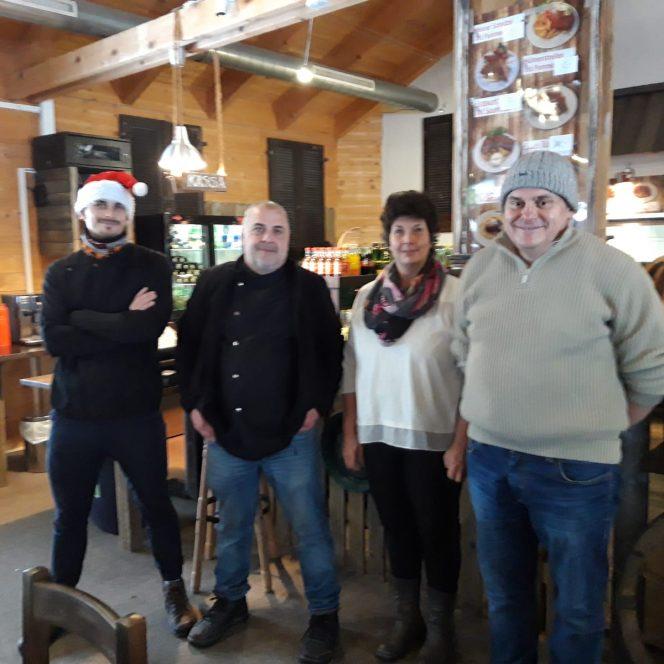 Români, la muncă, la Mallnitz (sursa arhivă personală)