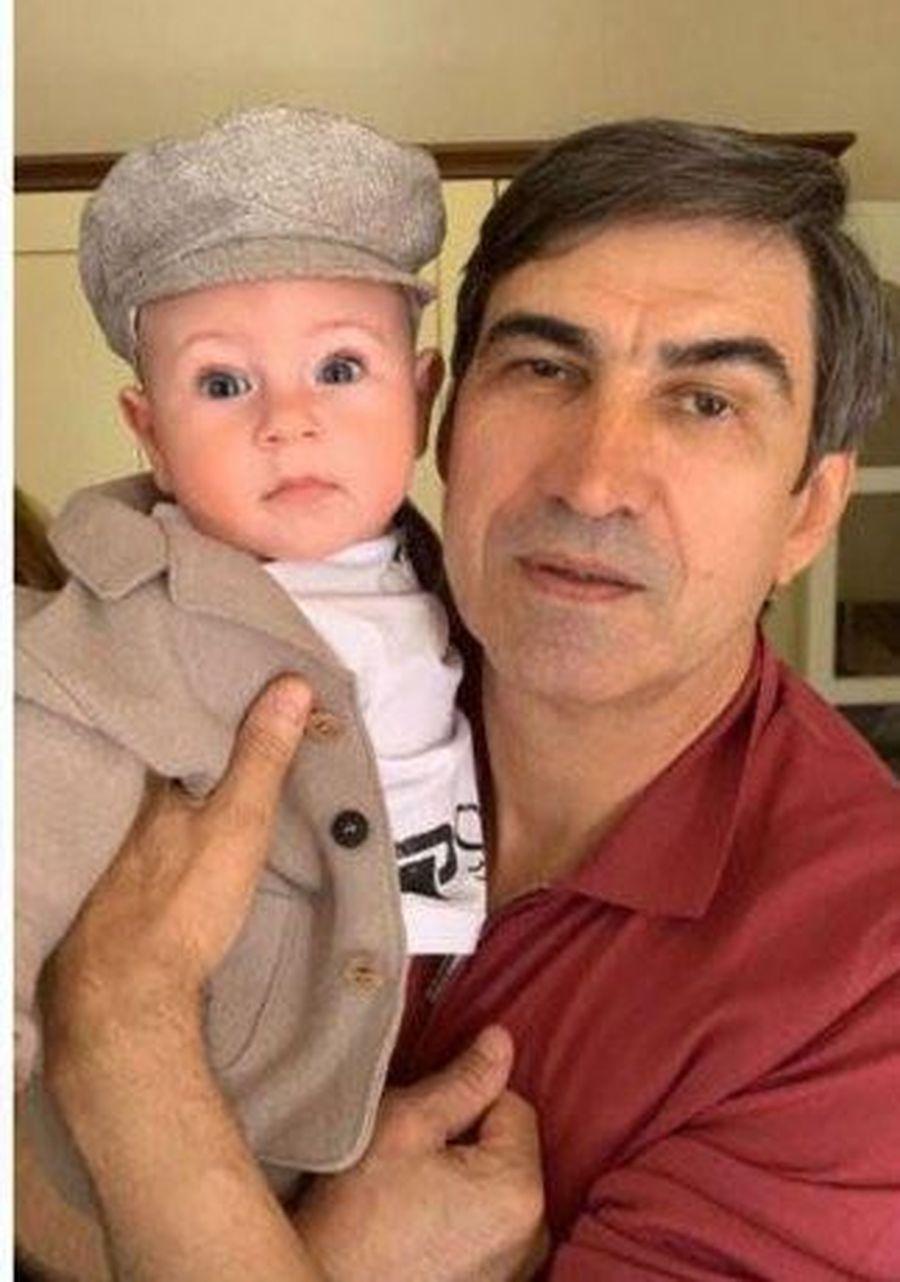 Victor Pițurcă și Noah, fiul lui Alex. Sursă foto: protv