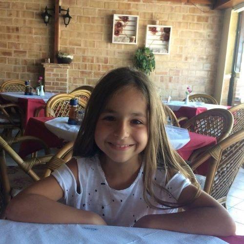 Alessia este fiica din altă căsnicie a lui Mihai, tatăl Antoniei. Sursa foto: Facebook