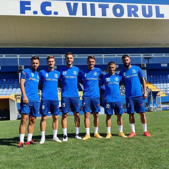 Șase tineri și-au prelungit contractele cu FC Viitorul. Sursa foto: FCViitorul.ro