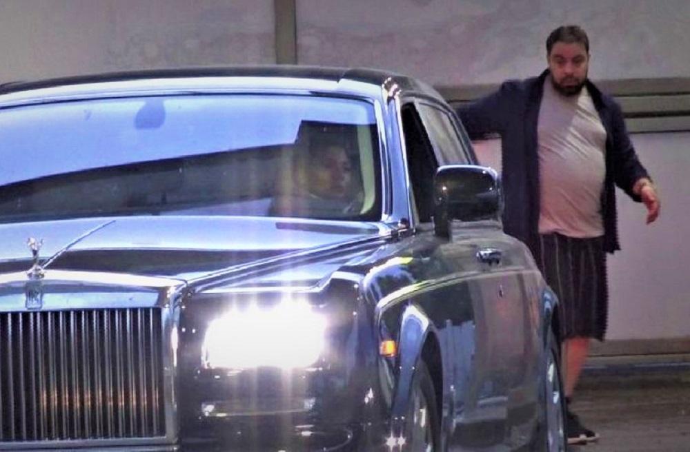 Ce mașină conduce Roxana Dobre. Soția lui Florin Salam se laudă de la volanul unui bolid cu mulți cai putere
