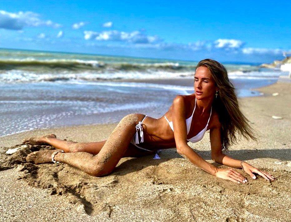 Diana Munteanu, criticată de fani. Internauții cred că este anorexică