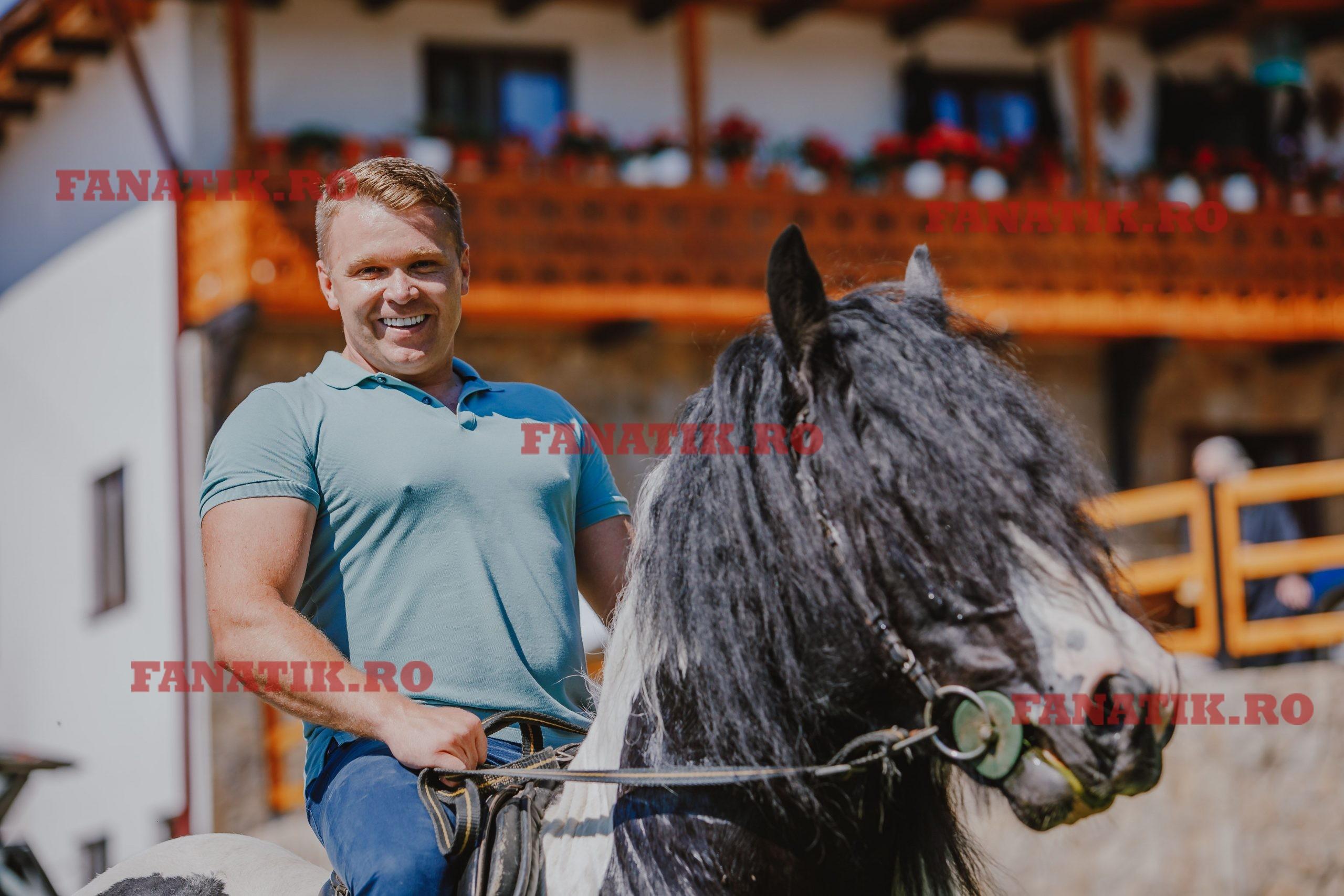 Stefan Voloseniuc pe cal