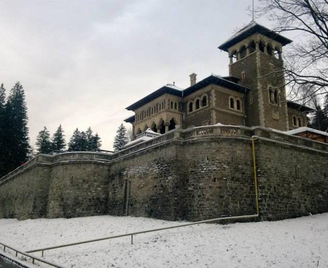 Castelul Cantacuzino din Busteni (sursa arhivă personală)