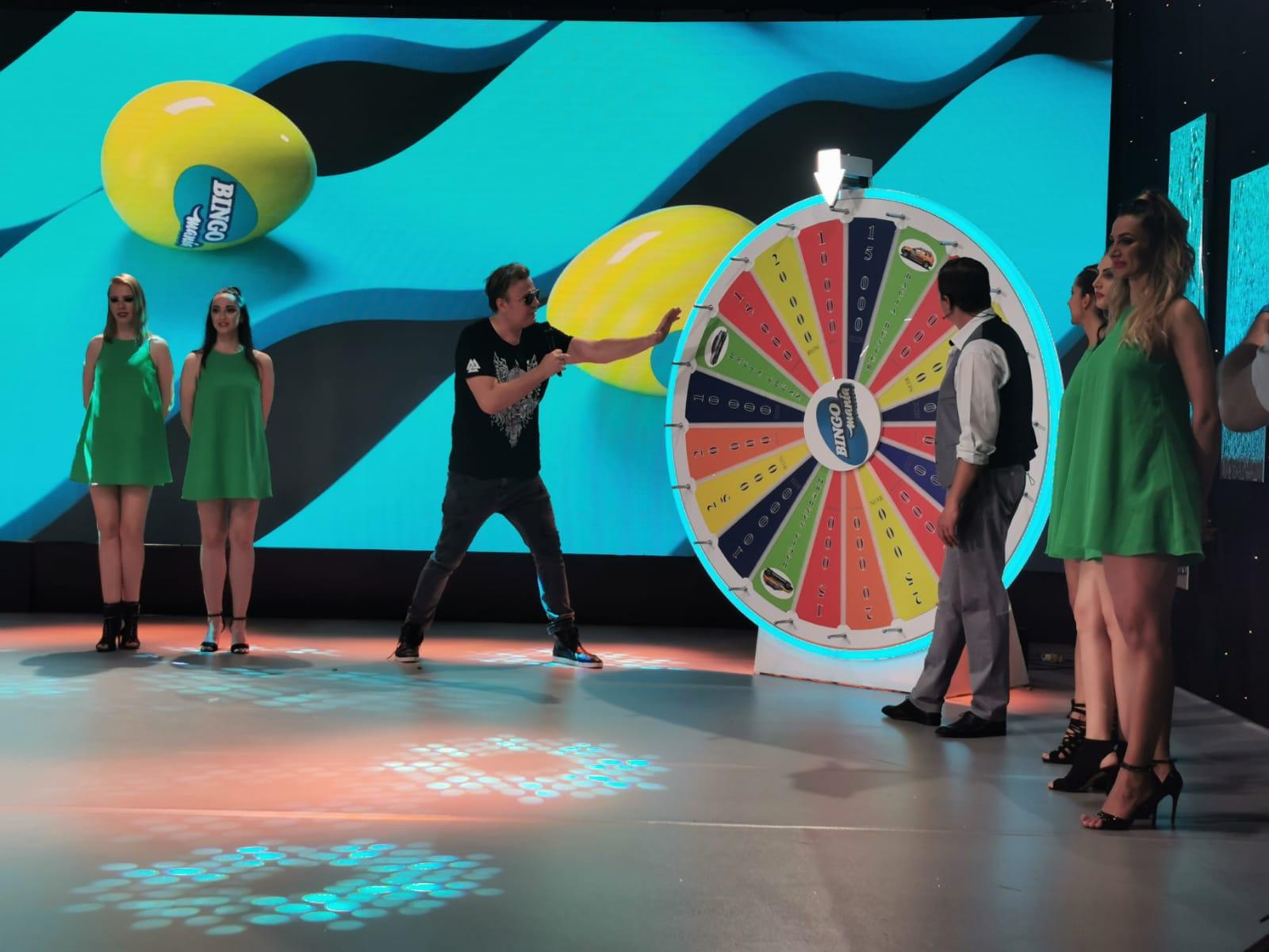 Dan Helciug si Varu Sandel la Bingo Mania