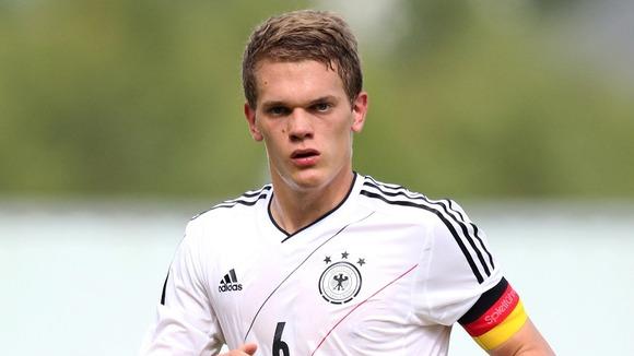 Matthias-Ginter-captain