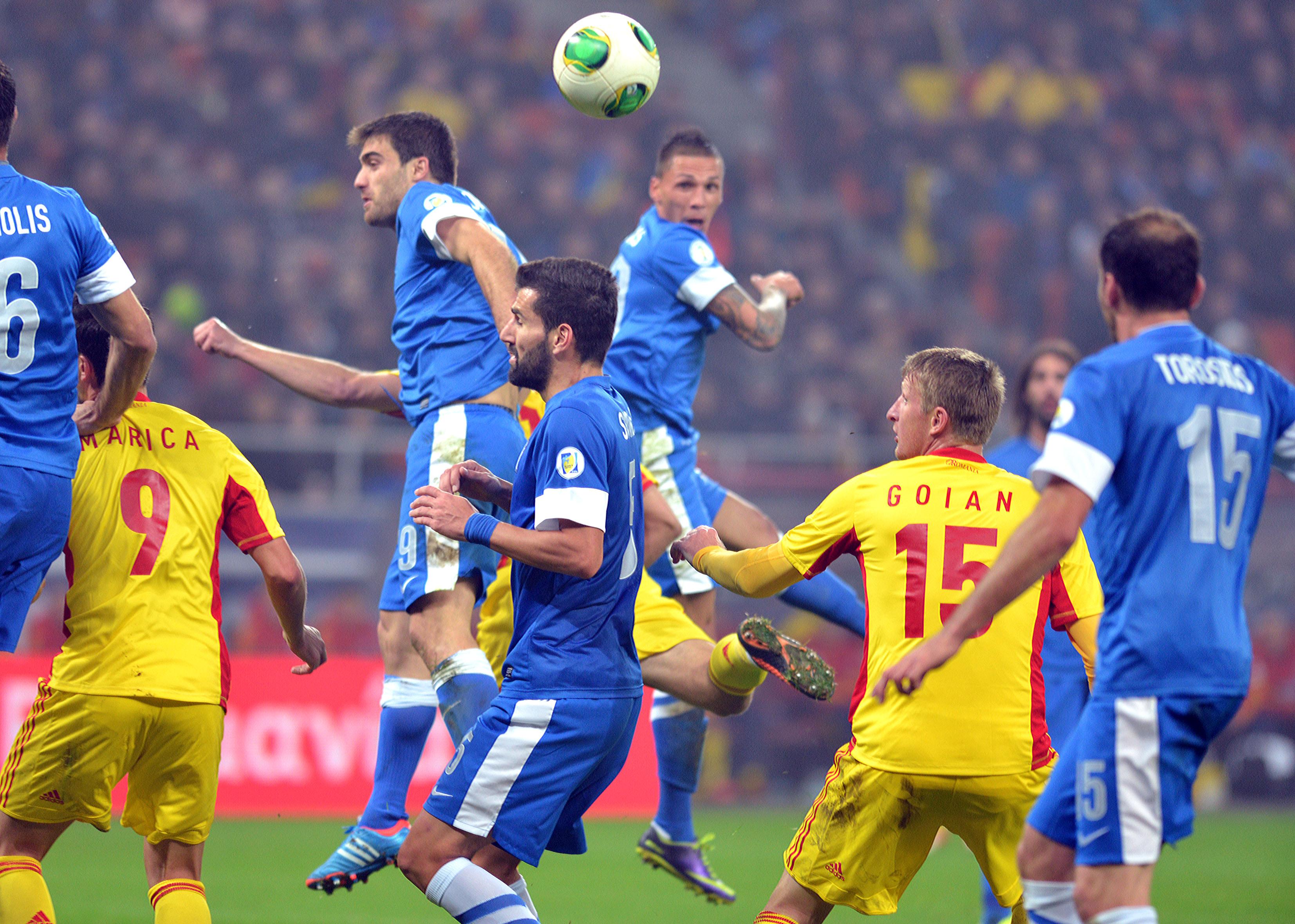 FOTBAL:ROMANIA-GRECIA, PRELIMINARIILE CM 2014 (19.11.2013)