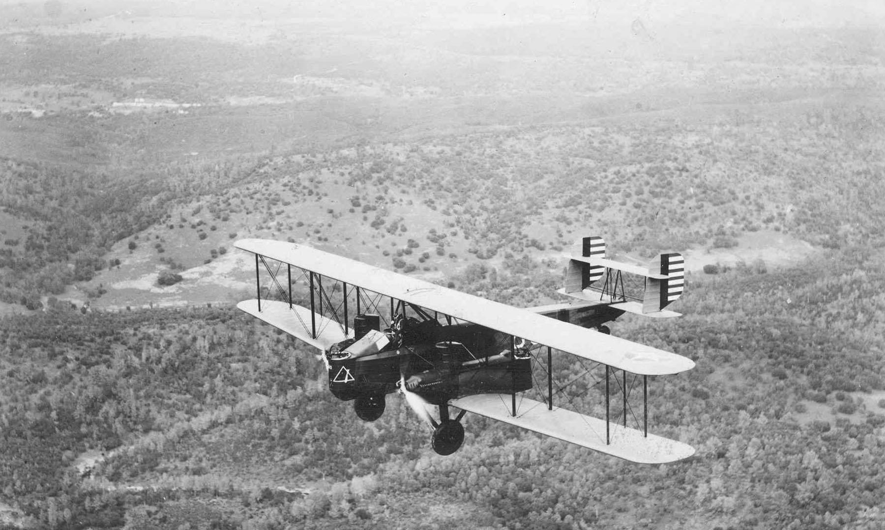 Curtiss B-2